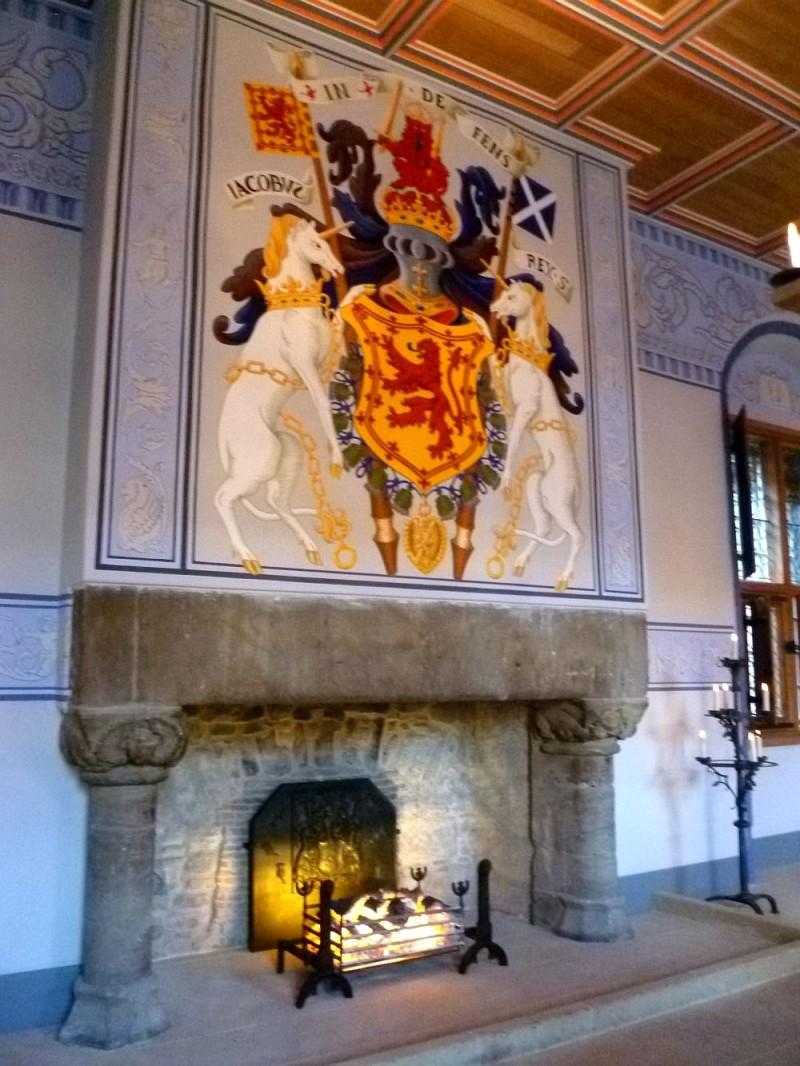 Реконструированный средневековый камин в Стерлинг Касл