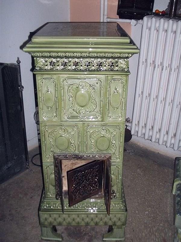 Восстановленная изразцовая печь мастерской Халита Учароглу