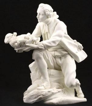 Садовник с корзиной цветов и ягненком. Севр, «мраморный» бисквит (неглазурованный фарфор), середина 18 века. Частная коллекция.