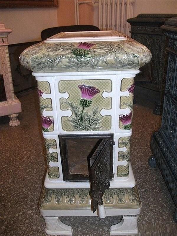 Восстановленная печь с чертополохом в стиле арт-нуво начала XX века. Мастерская Халита Учароглу