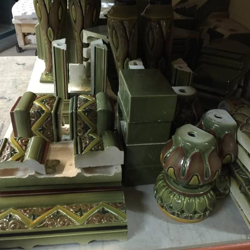 Литьевые архитектурные элементы для камина или печи
