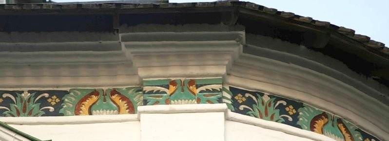 Фриз павлинье око в Иосифо-Волоцком монастыре