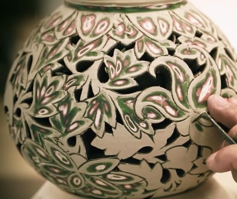 Резная корейская керамика Ичхон