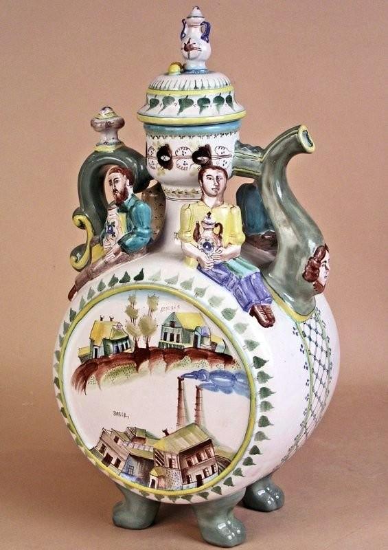 Туркин Николай Борисович, Кувшин с крышкой из питьевого набора Гжельские гончары, экспозиция в Царицыно