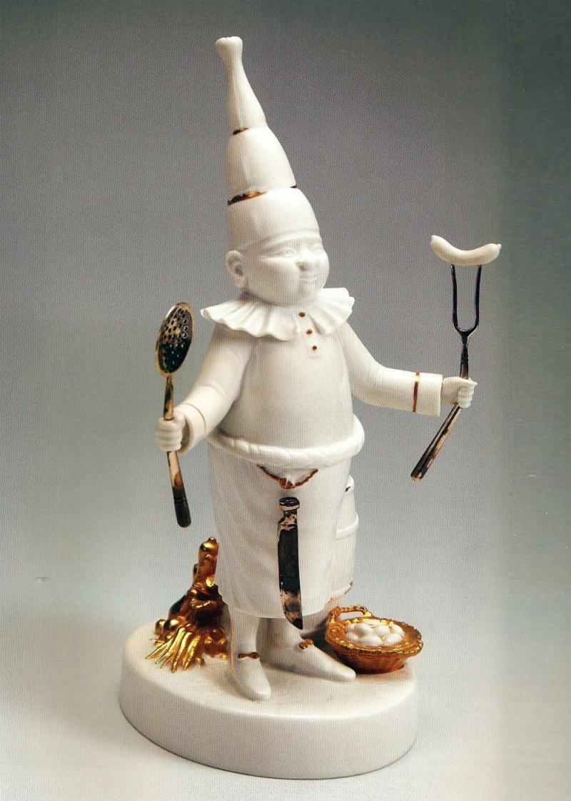 Повар из серии скульптур к балету Щелкунчик, 2005 год. Художник М. М. Шемякин