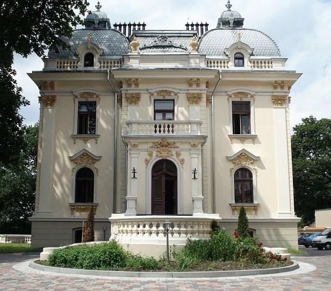 Главное здание дворца Вилейшиса