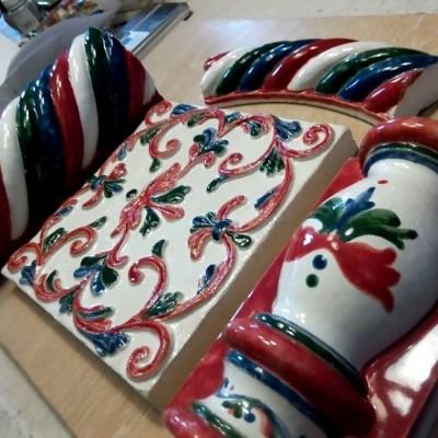Мастерская майолики - авторская архитектурная керамика ручной работы. Изразцы, плитка для камина и печи, Купить в Москве