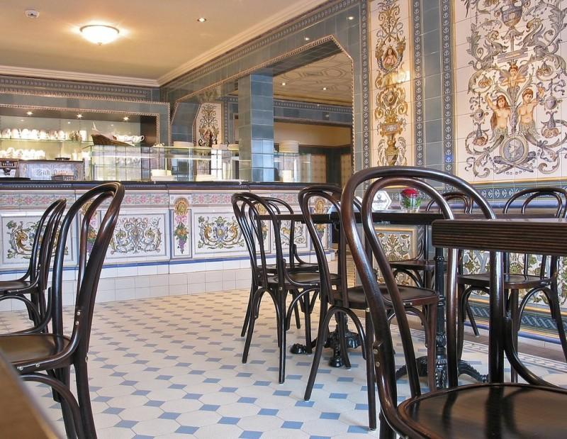 Керамика в кафе музея Villeroy & Boch