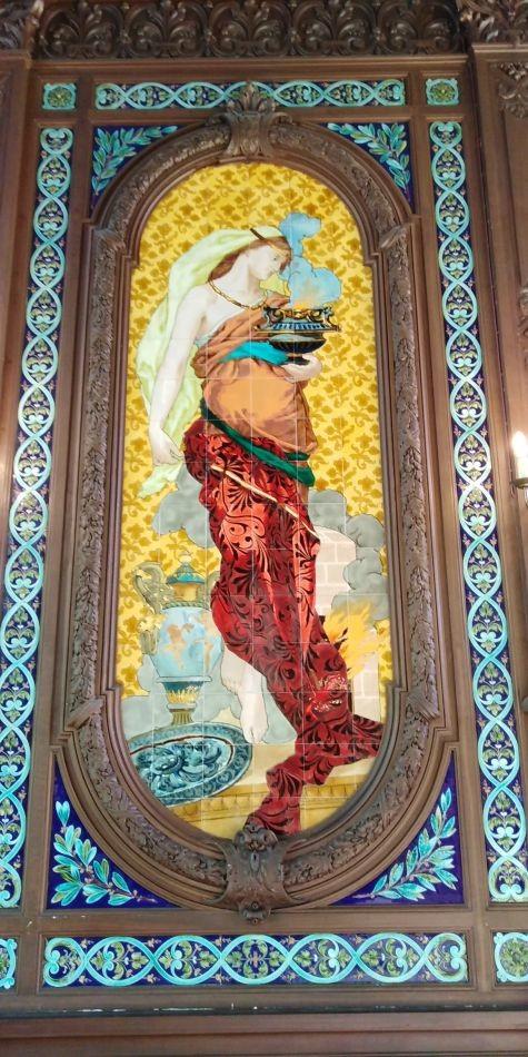 Керамическое панно. Музей Саргемина