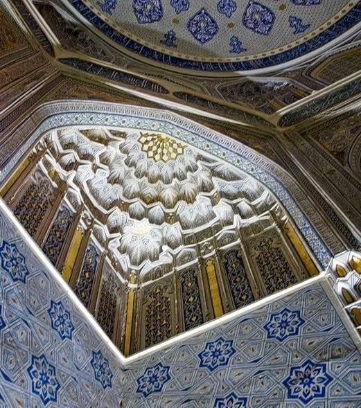 Изразцы в усыпальнице мавзолея Шах-и-Зинда