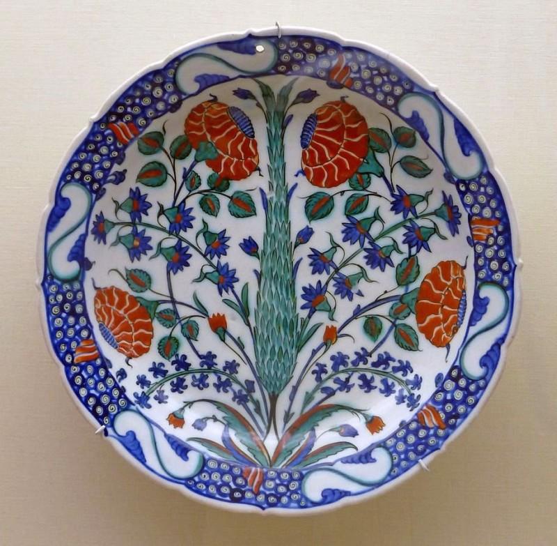 Блюдо с росписью. Изник. 1575 год