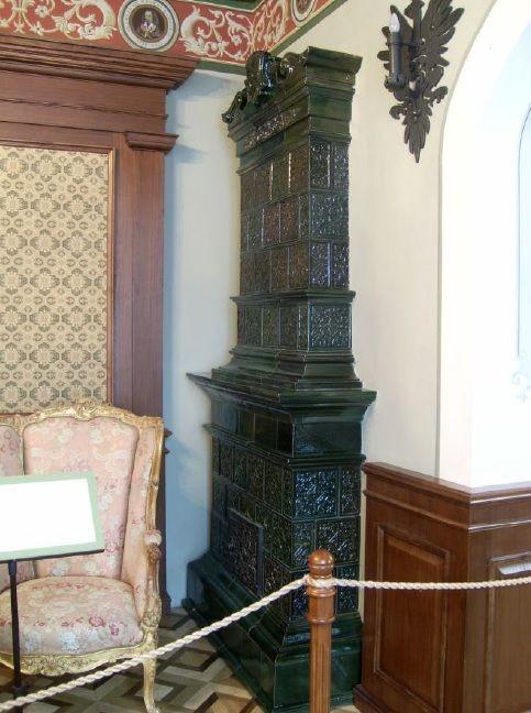 Оборотная часть (топочная) муравленой печи несвижского замка. Реконструкция