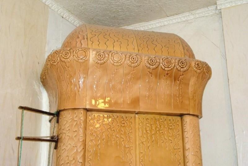 Изразцовая печь в Лахденпохья Ракколаниокского гончарного завода