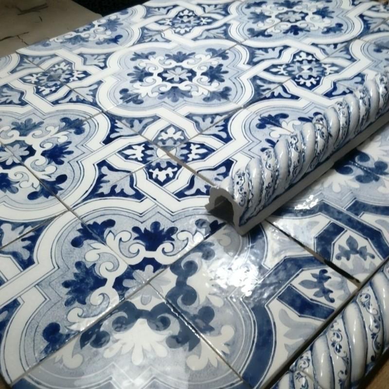 Изразцовые плитки с орнаментом Азулежу