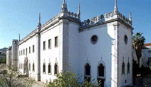 Здание Национального музея Азулежу в бывшем монастыре Ордена Святой Клары