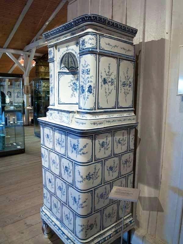 Изразцовые печи в музее печей и керамики в Фелтене