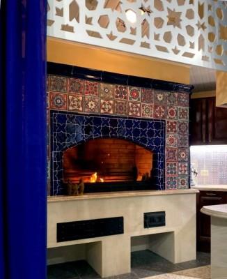 Изразцовая печка в марокканском стиле