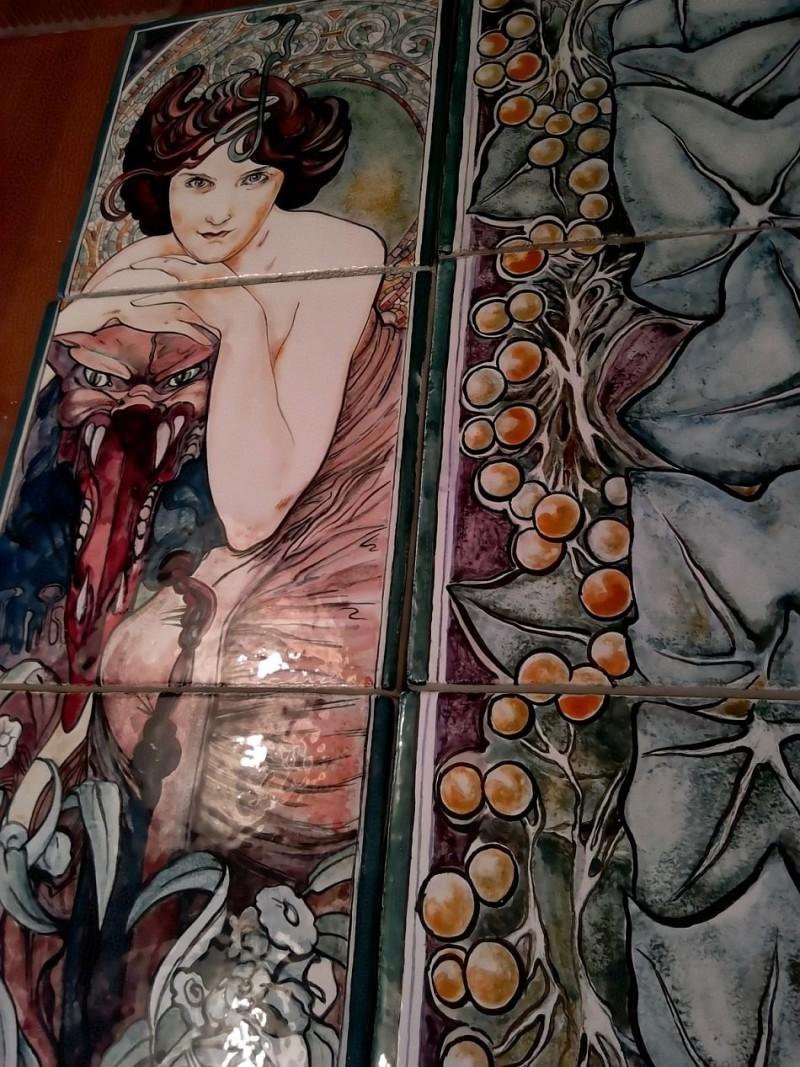 Панно нашей мастерской с живописью пигментами по сырой эмали