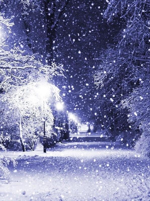 Зима — лучший сезон для заказа изразцов