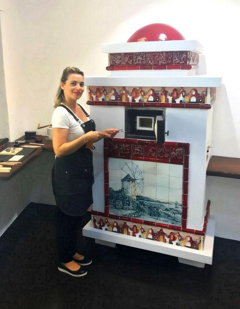 Печка Гречанка, установленная в магазине Namfleg в Миконосе (Греция)
