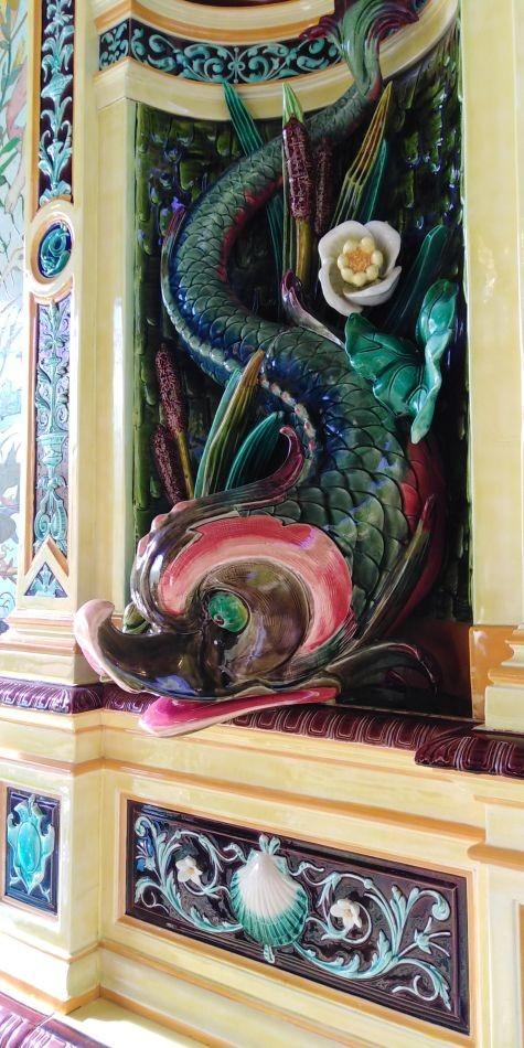 Фрагмент керамического фонтана