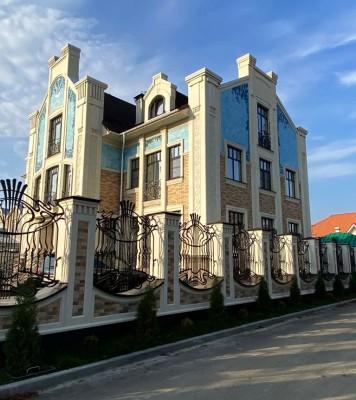 Керамический фасад в стиле модерн