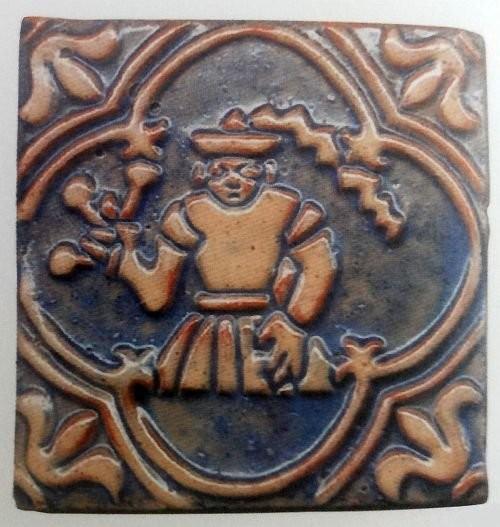 Изразец Moravian Pottery начала XX века