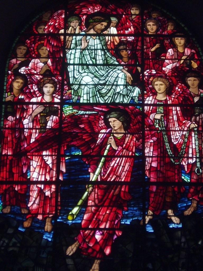 Витражи фабрики Моррис и Ко в Бирмингемском кафедральном соборе