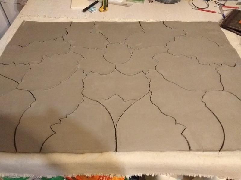Глиняный пласт для создания керамического панно