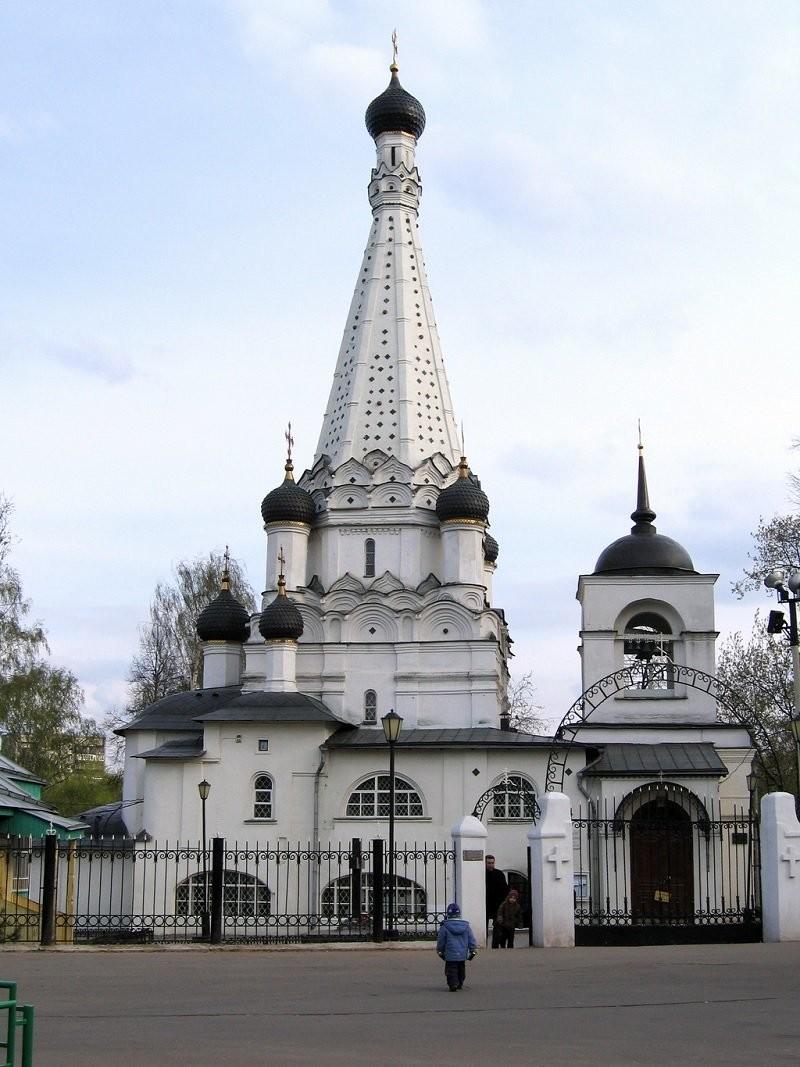 Церковь Покрова Пресвятой Богородицы в Медведкове