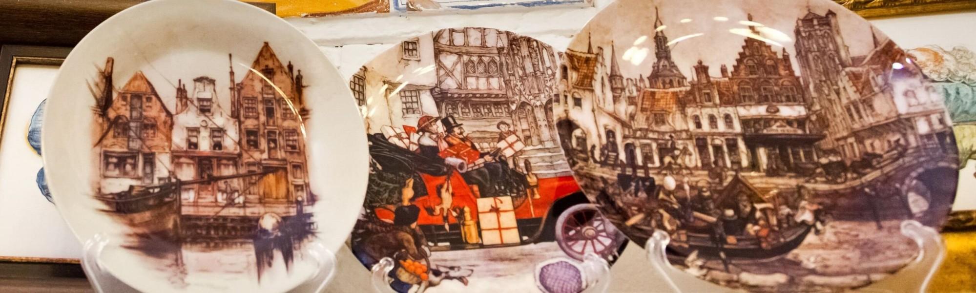 Декоративные керамические и стеклянные тарелки: фьюзинг, майолика, сублимационная печать, деколь. Авторская посуда в майоликовой глазури на заказ.