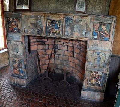 Шестигранные плитки на полу музея Moravian Pottery