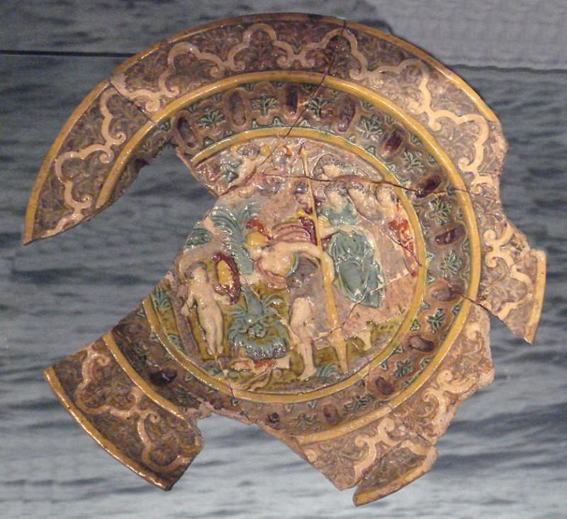 Полихромное блюдо в технике Бернара Полисси, середина 16 века, Лондон
