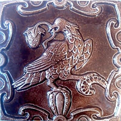 Керамические ярославские изразцы для облицовки печи или камина серии Ярославская розетка