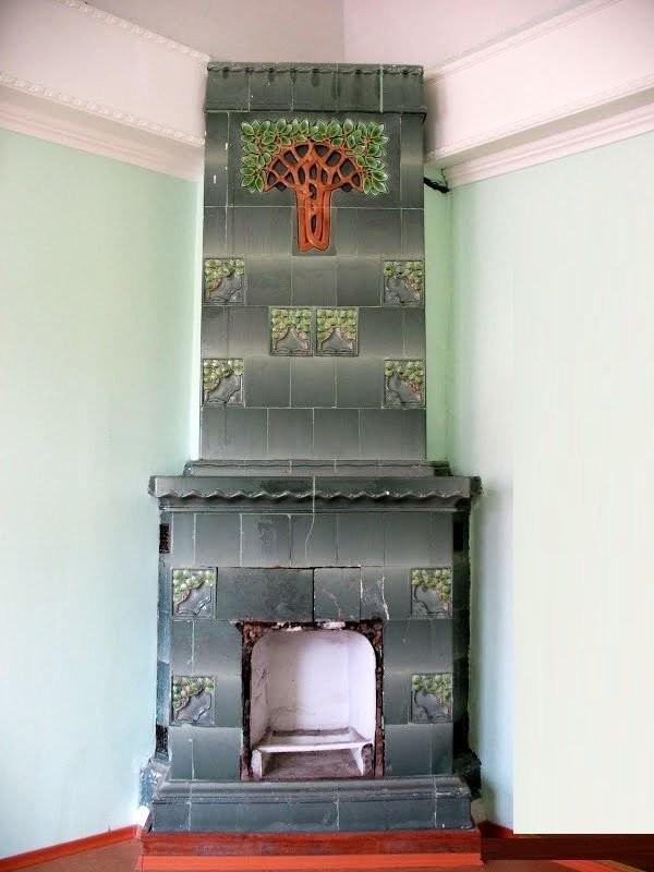 Изразцовая печь в стиле модерн в Самаре производства Мейсенской фарфоровой мануфактуры