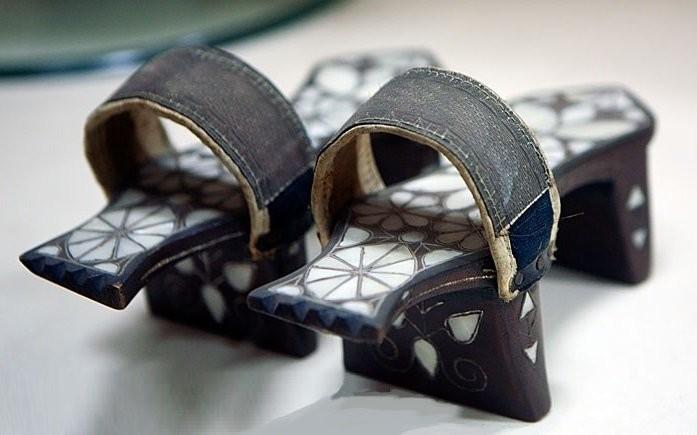 Женские туфли для хаммама