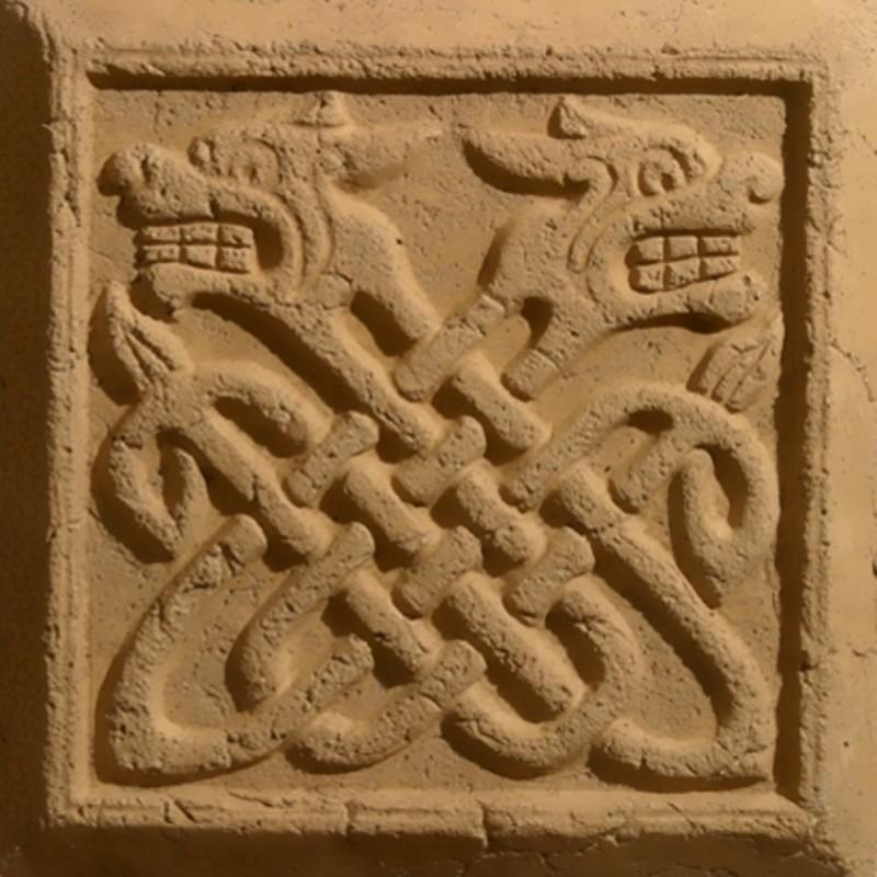 Узелковый орнамент на древнерусском изразце