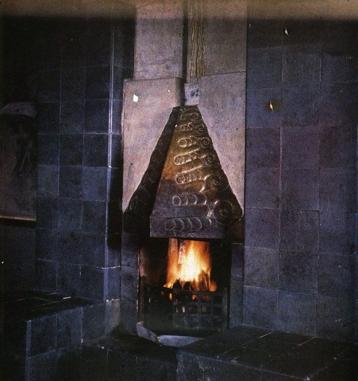 Камин на даче Леонида Андреева на Черной речке