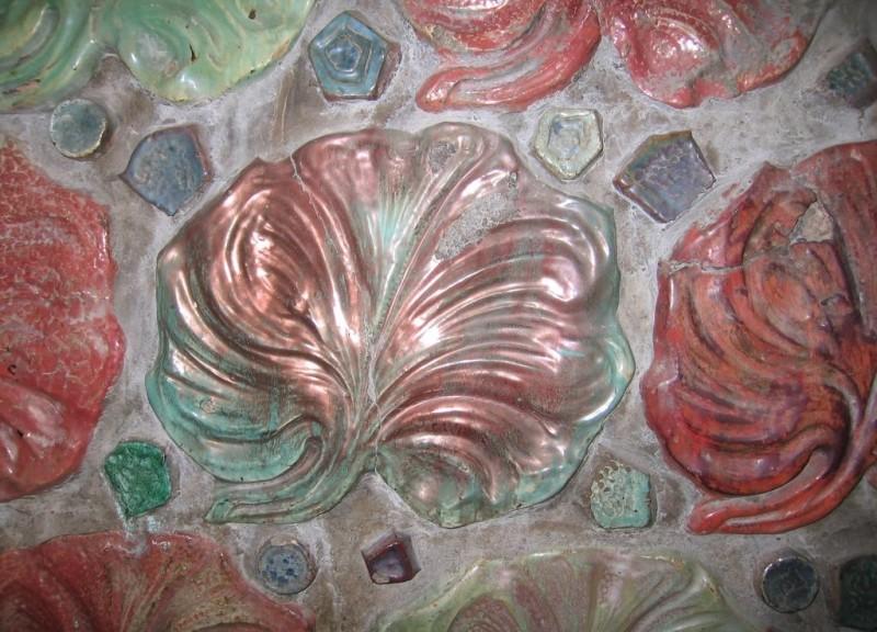 Перламутровая фасадная майолика Александра Биго