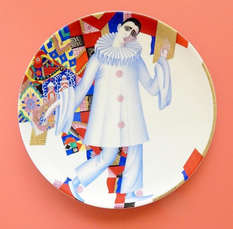 Блюдо Голубой Пьеро, 2006 год. Художник С. Н. Соколов