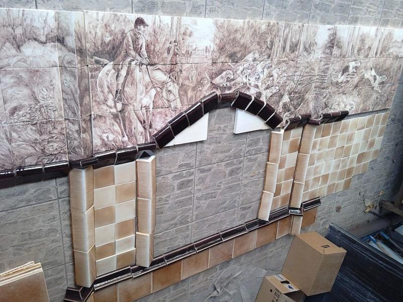 Раскладка керамической облицовки для камина перед монтажом
