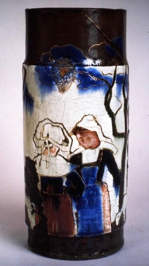Бретонская ваза, созданная Гогеном в мастерской Эрнеста Шапле
