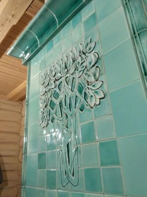 Мятная печь с деревом в стиле модерн