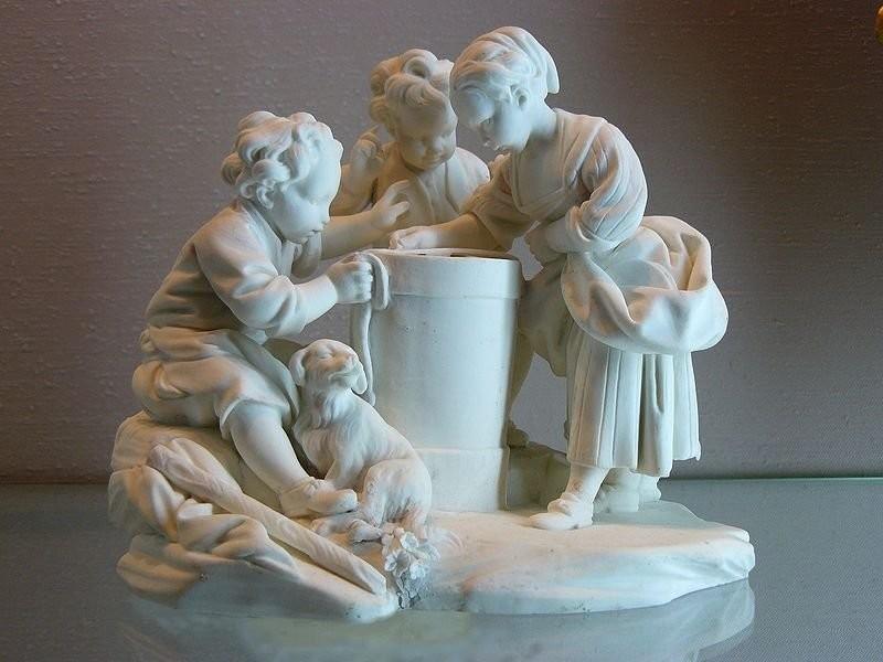 Статуэтка Enfants jouant а-ля loterie,1757. Севр, Национальный музей керамики фальконе