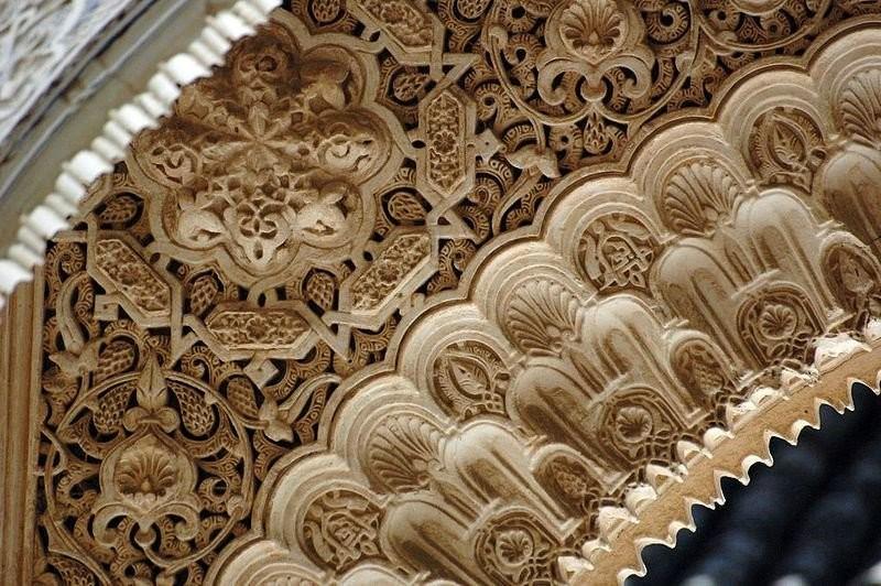 Резьба во дворце Альгамбра