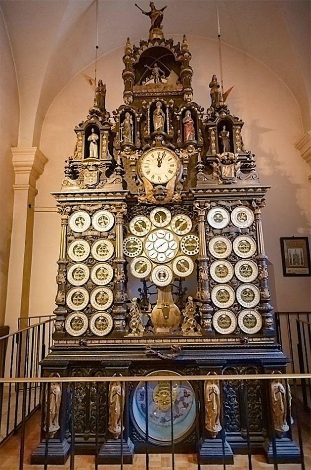 Астрономические часы в Безансоне