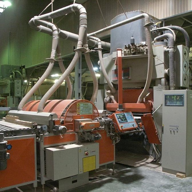 Промышленный станок для прессования керамической плитки